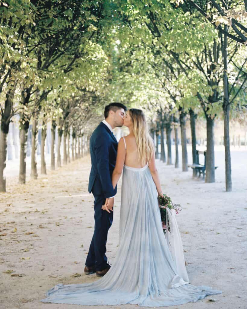 Photographer for Destination Weddings - Paris Garden